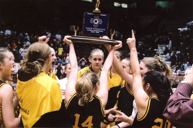 2004, the Des Moines girls basketball team won their third straight Class A state title