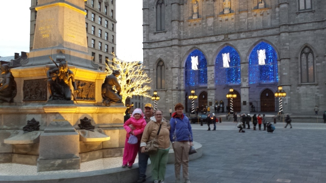 We went to Montreal on Saturday, just so the kids could say they've been to Canada! It was a quick trip, two hours up, two hours back.