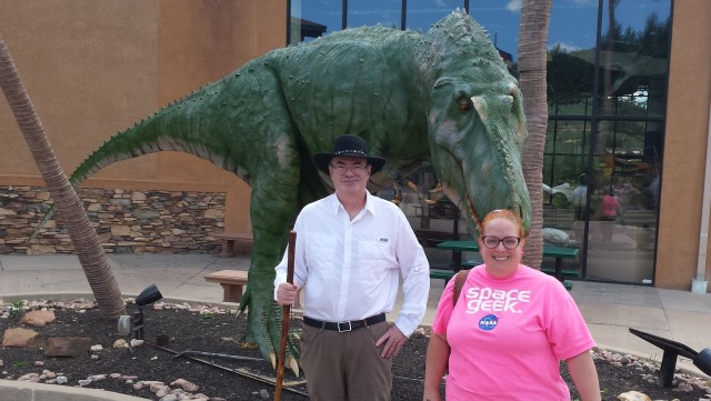 Do you have any idea how hard it is to look like a professional author when there's a huge dinosaur breathing down your neck? I had a FANTASTIC time with Matt at the Dinosaur Resource Center!